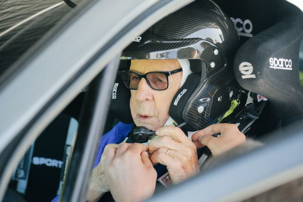 WRC   Il polacco Zasada in gara al Safari Rally. A 91 anni