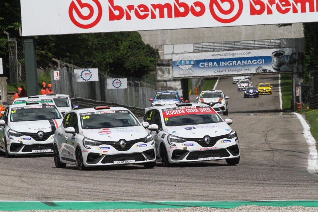 Clio Cup Italia | Misano ospita il quinto round europeo, in pista anche Motorionline con Mauriello