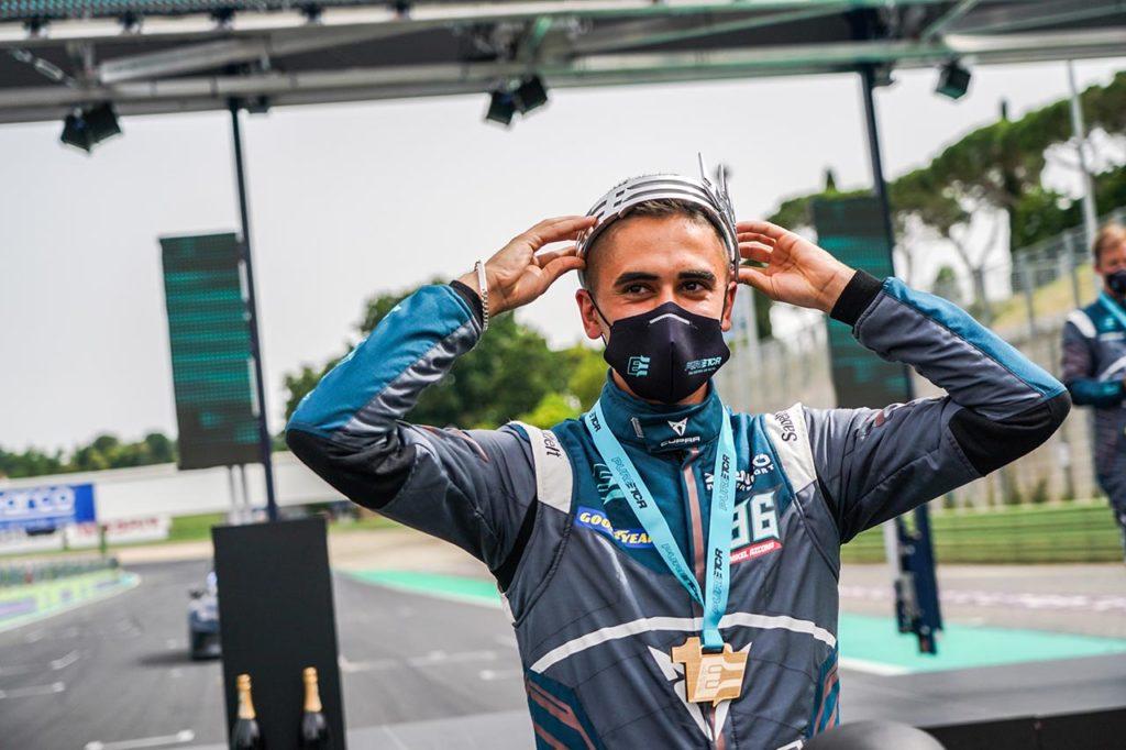 Pure ETCR   Azcona incoronato come primo re a Vallelunga con Cupra