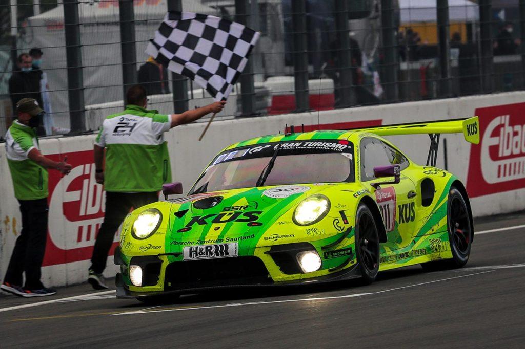 NLS | Manthey e Porsche tornano a vincere la 24 Ore del Nurburgring [VIDEO]