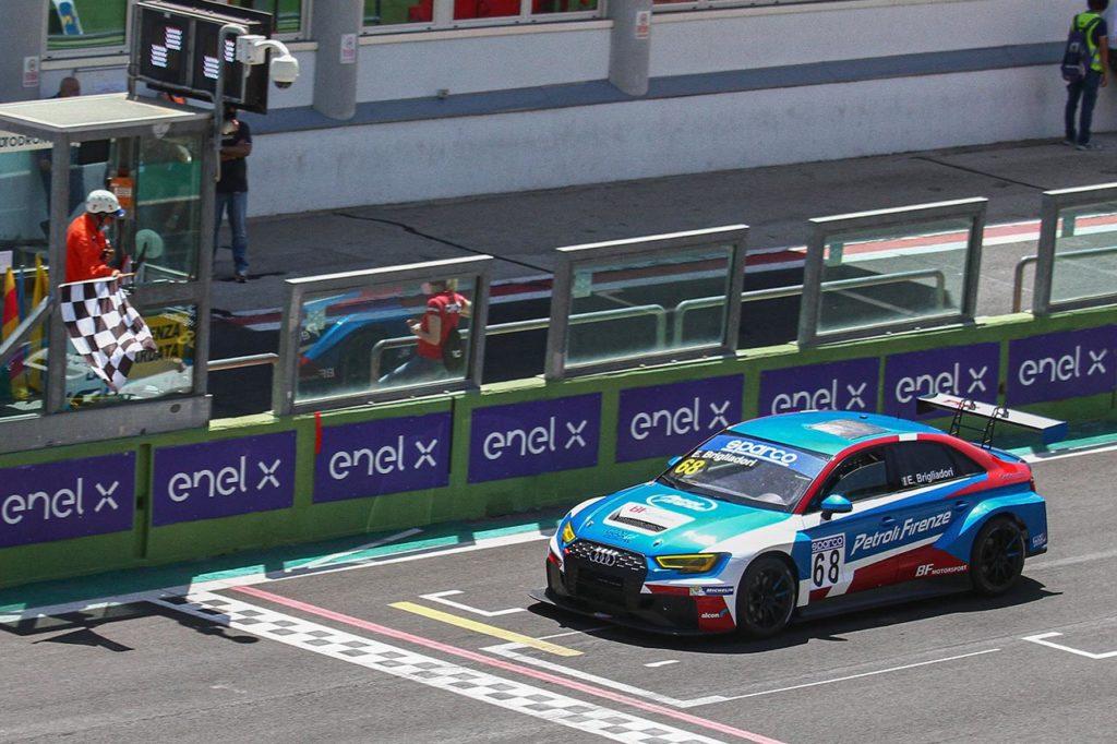 TCR Italy   Vittoria in Gara 1 per il capoclassifica Brigliadori a Vallelunga, Ceccon fa sua Gara 2