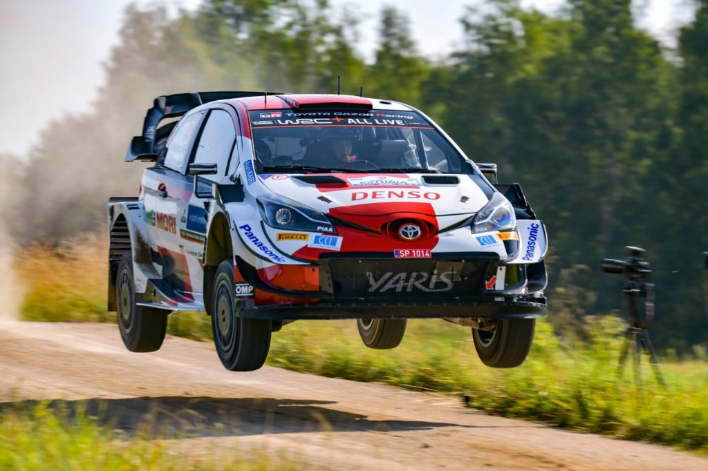 WRC   Rally Estonia 2021, in testa Rovanpera. Si ritira Tanak