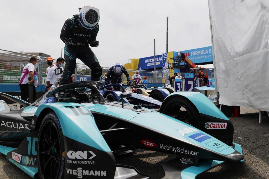 Formula E   Bird vince Gara 2 a New York e ritorna in vetta con Jaguar