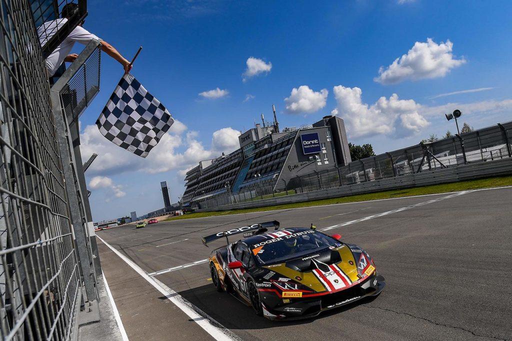Lamborghini Super Trofeo | Spinelli-Weering fanno doppietta al Nurburgring