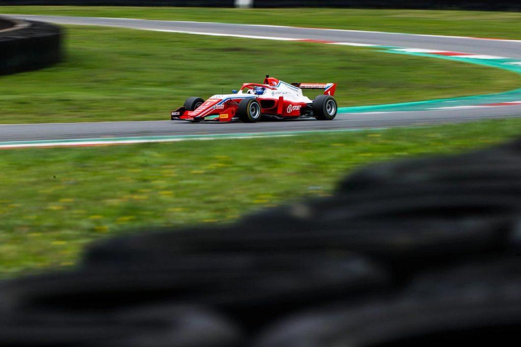 Formula Regional by Alpine   Mugello, Gara 1: trionfa Aron, Saucy vince il titolo