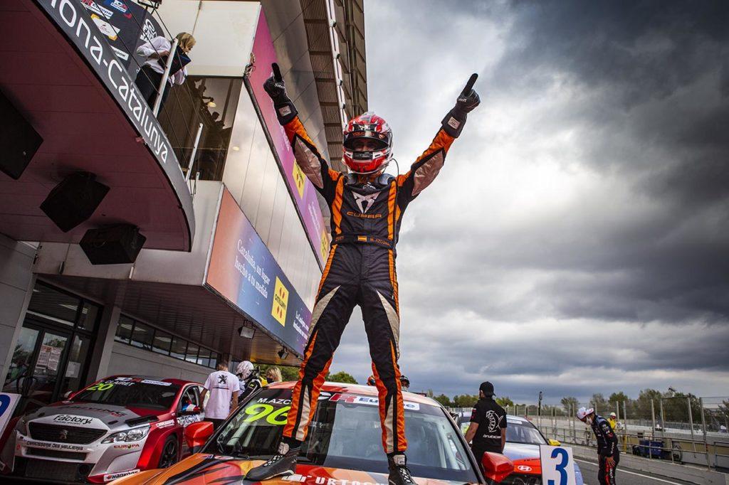TCR Europe | Meraviglioso Azcona: è di nuovo campione a Barcellona con Cupra